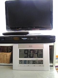この夏始めに買った、只今超お気に入り★電波時計